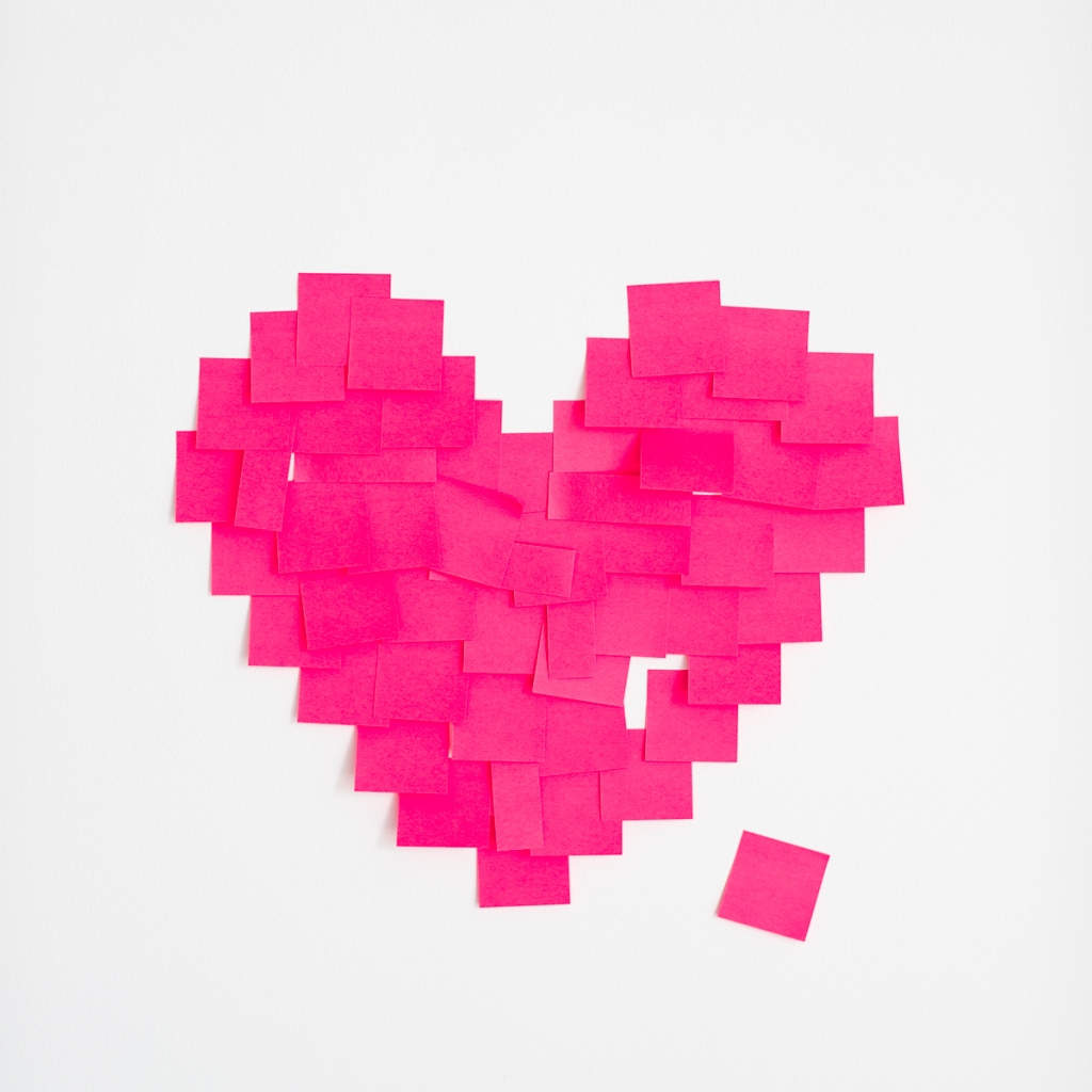 Ms. Peach Plus Designs- Post It Heart